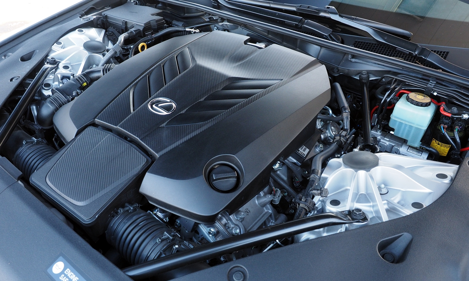 Lexus LC Photos: Lexus LC 500 engine