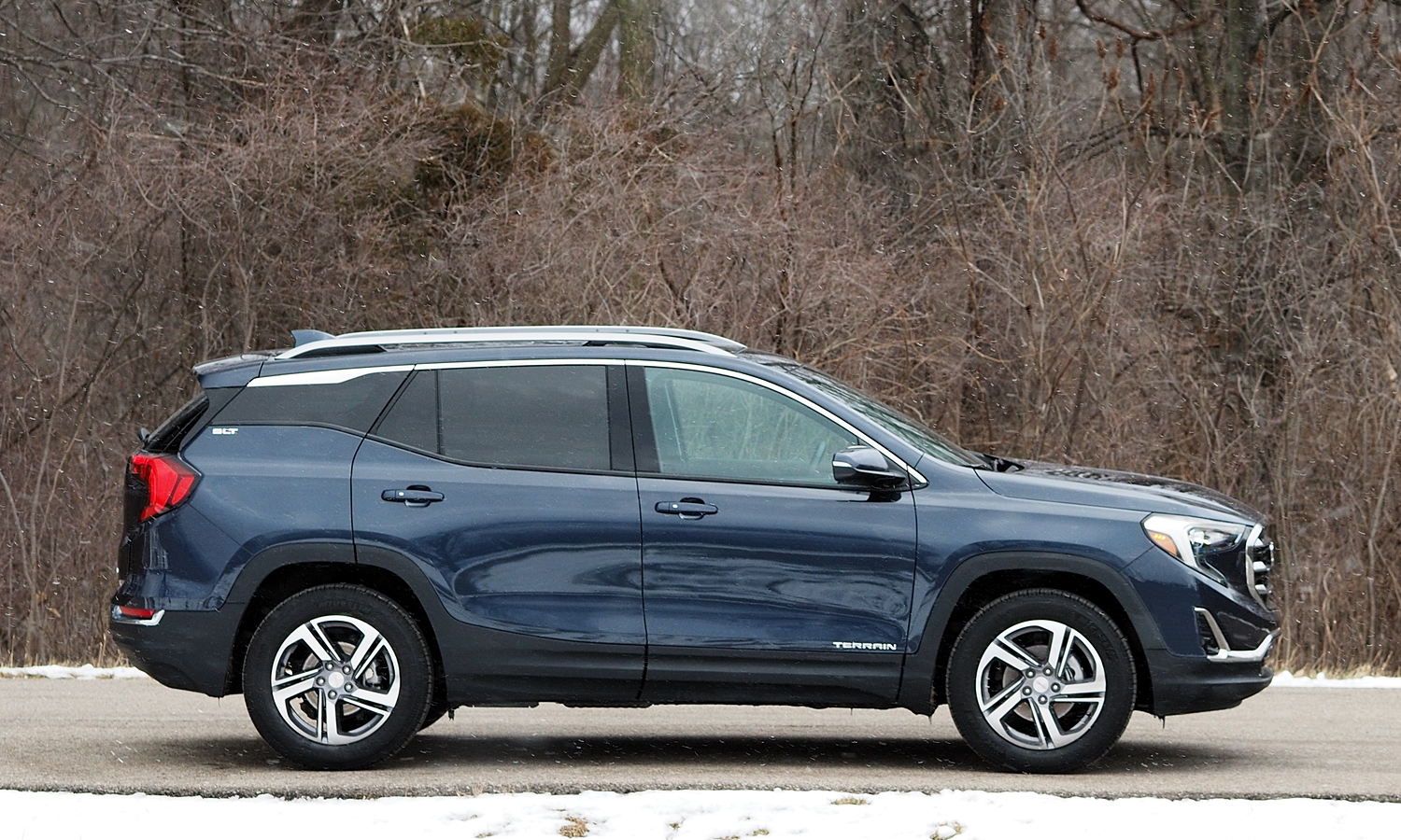 GMC Terrain Photos: 2018 GMC Terrain side view