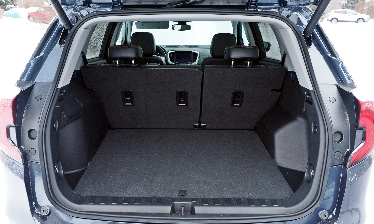 GMC Terrain Photos: 2018 GMC Terrain cargo area