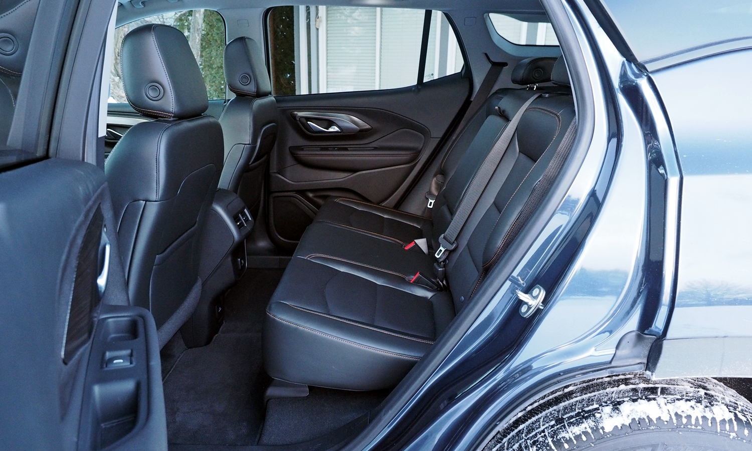 GMC Terrain Photos: 2018 GMC Terrain rear seat