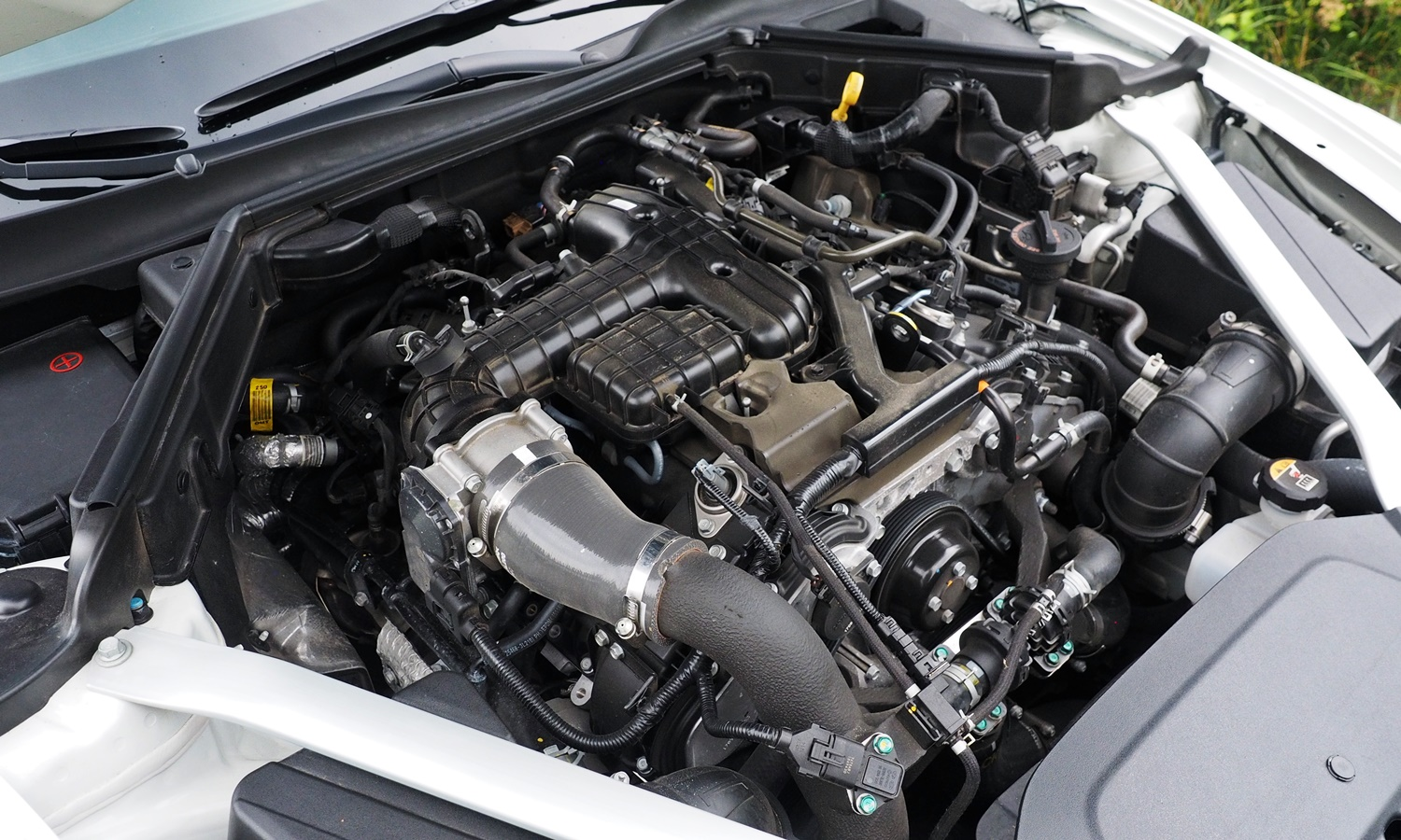 Stinger Reviews: Kia Stinger GT engine uncovered