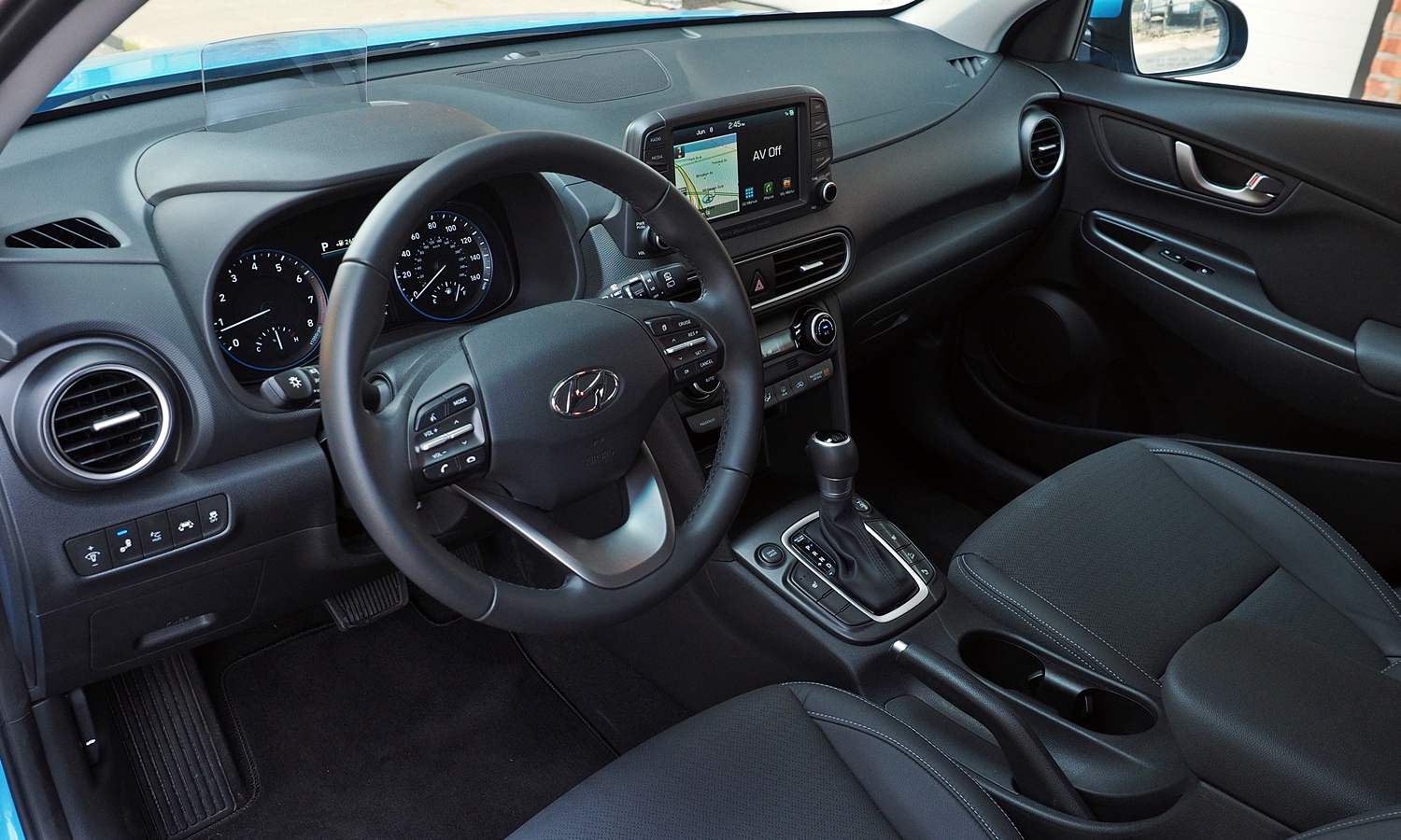 Kona Reviews: 2018 Hyundai Kona interior