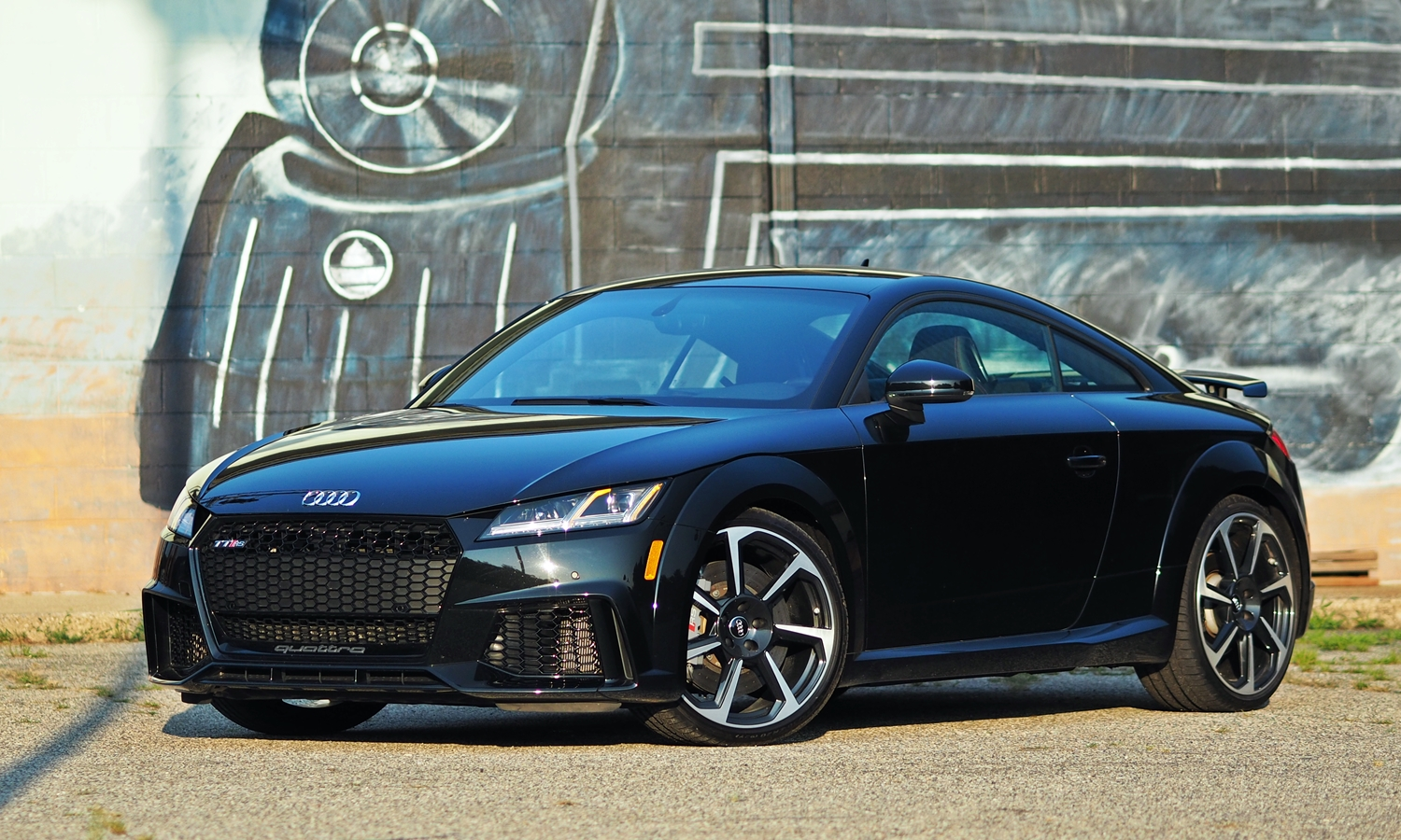 Audi TT RS front quarter view