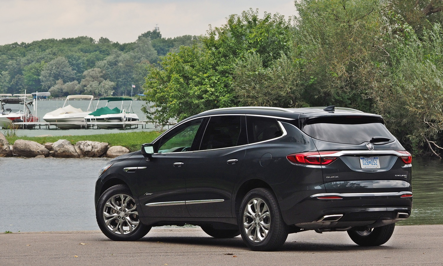 Enclave Reviews: Buick Enclave rear quarter view