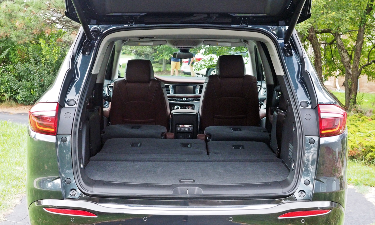 Enclave Reviews: Buick Enclave cargo area both rows folded