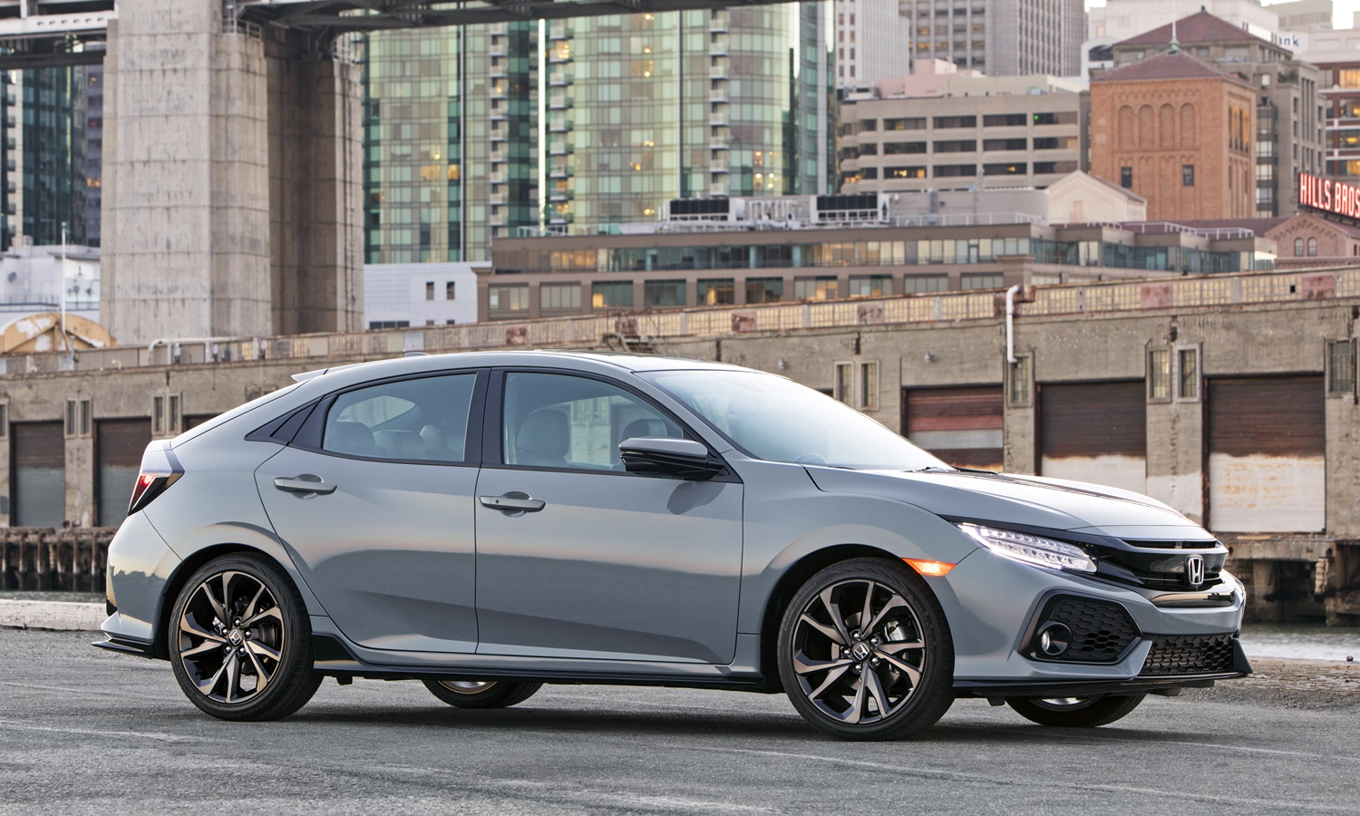 Toyota Corolla Hatchback Photos: Honda Civic front quarter view