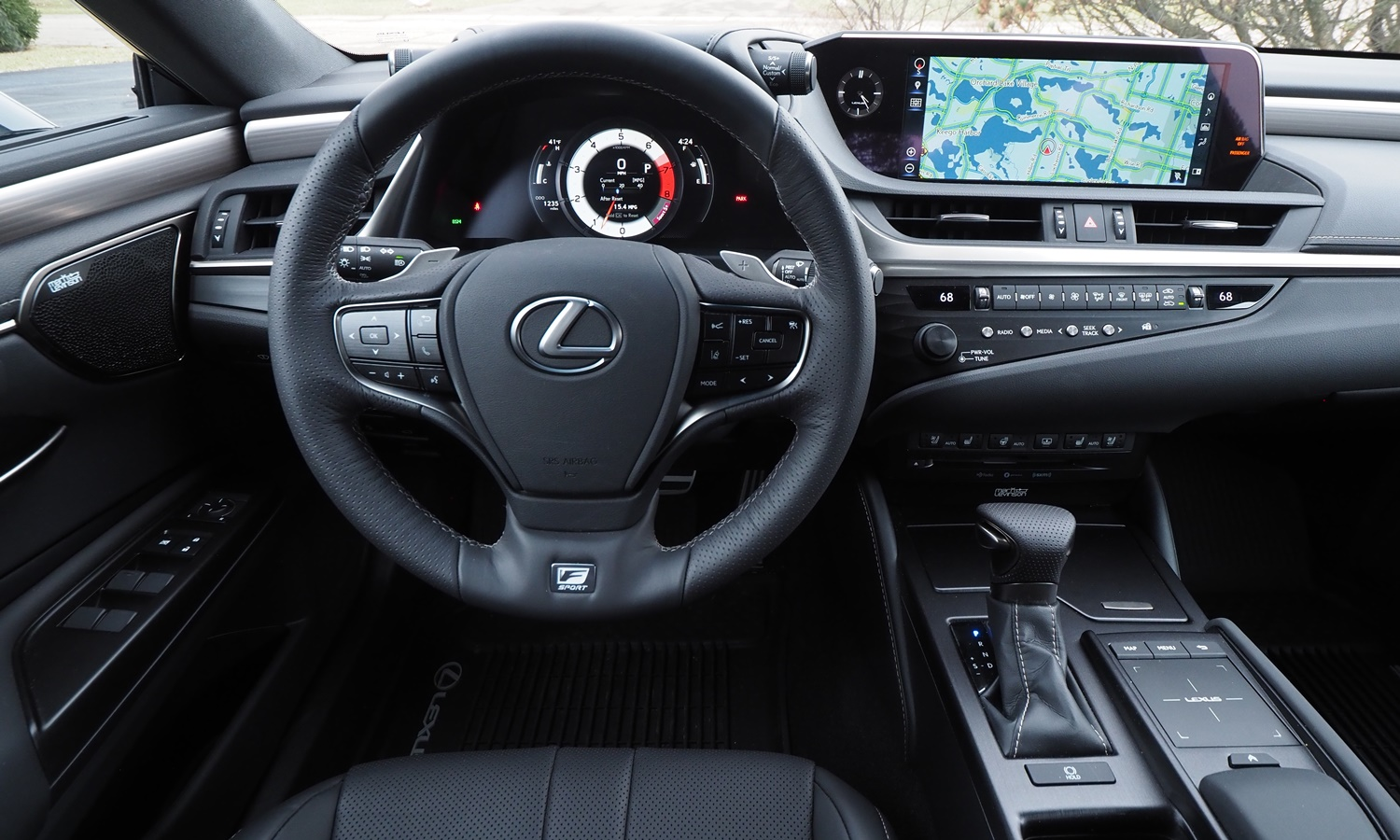 ES Reviews: Lexus ES 350 F Sport instrument panel