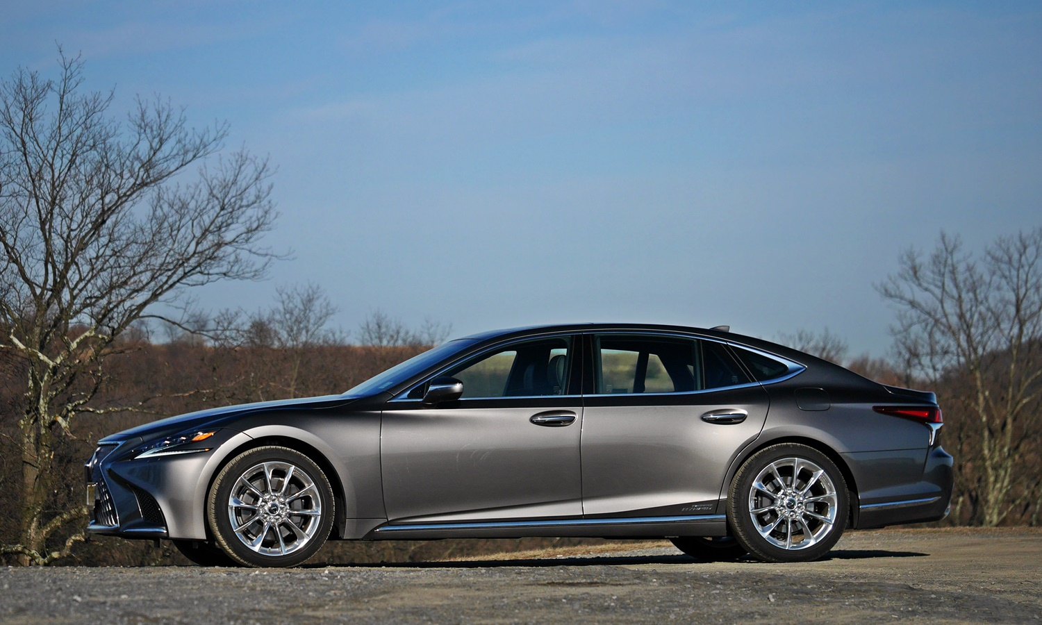 Lexus LS Photos: Lexus LS 500h side view