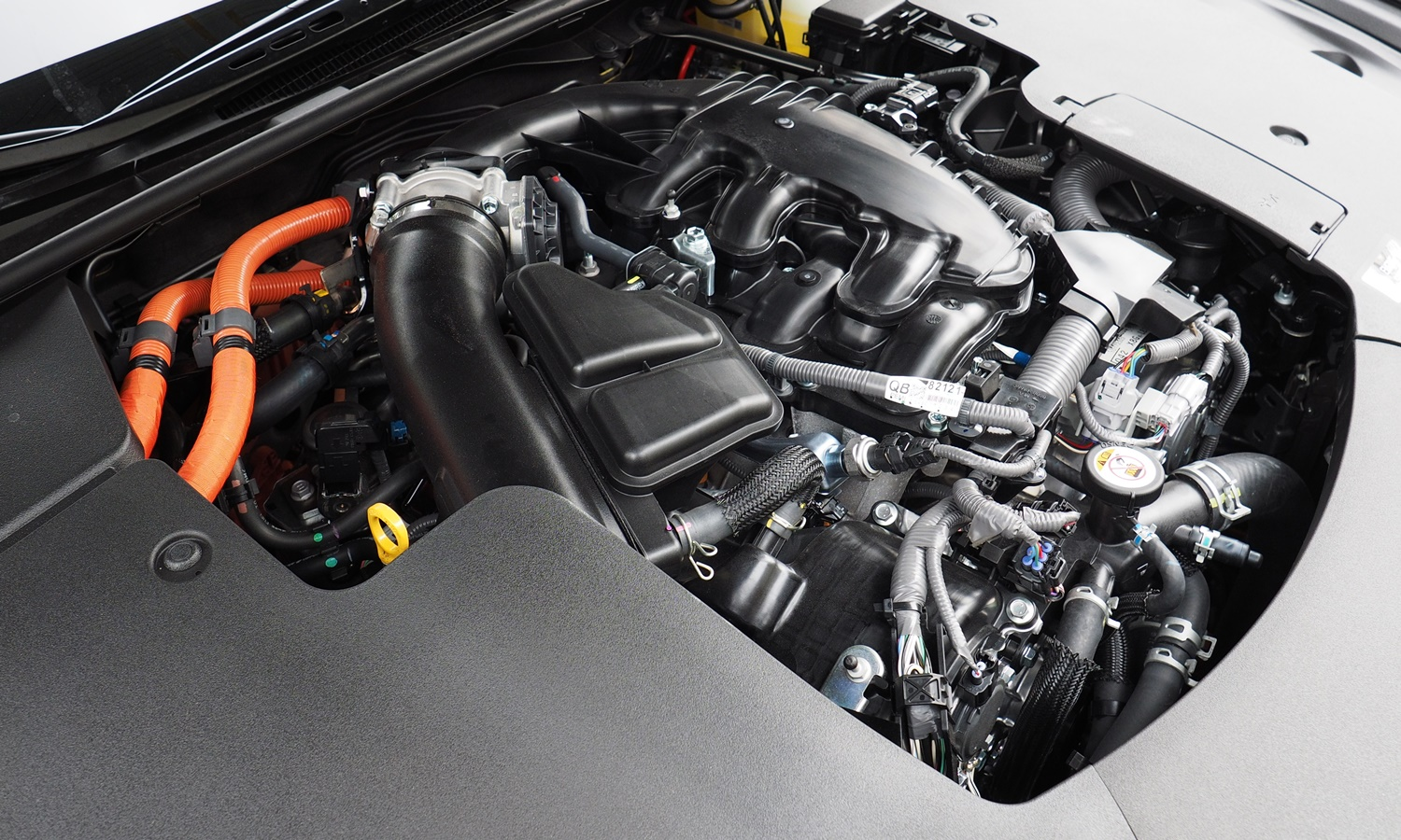 Lexus LS Photos: Lexus LS 500h engine
