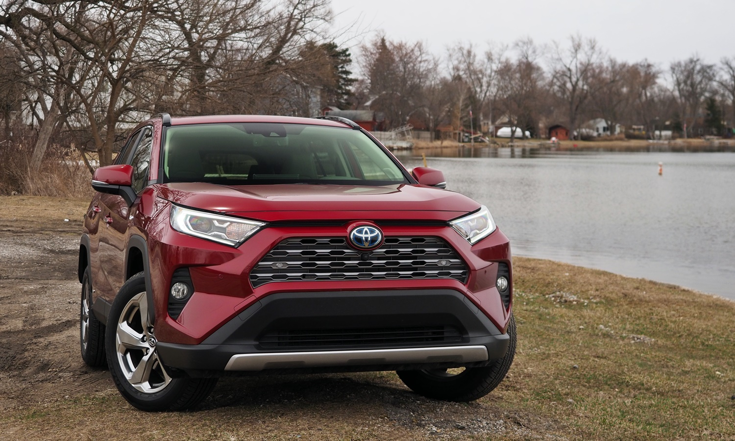 RAV4 Reviews: 2019 Toyota RAV4 front view