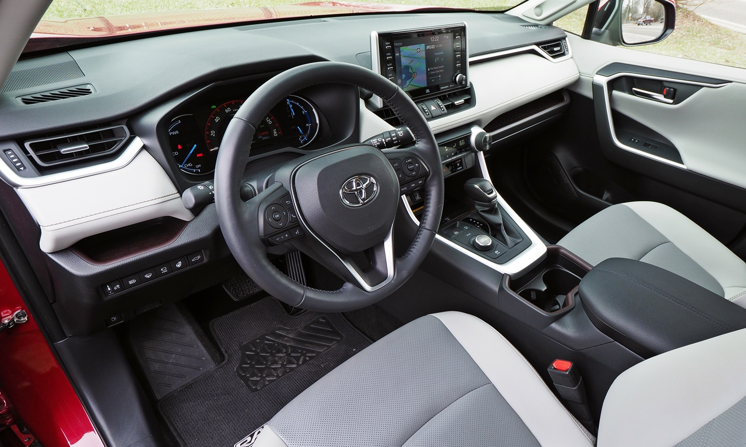 RAV4 Reviews: 2019 Toyota RAV4 interior