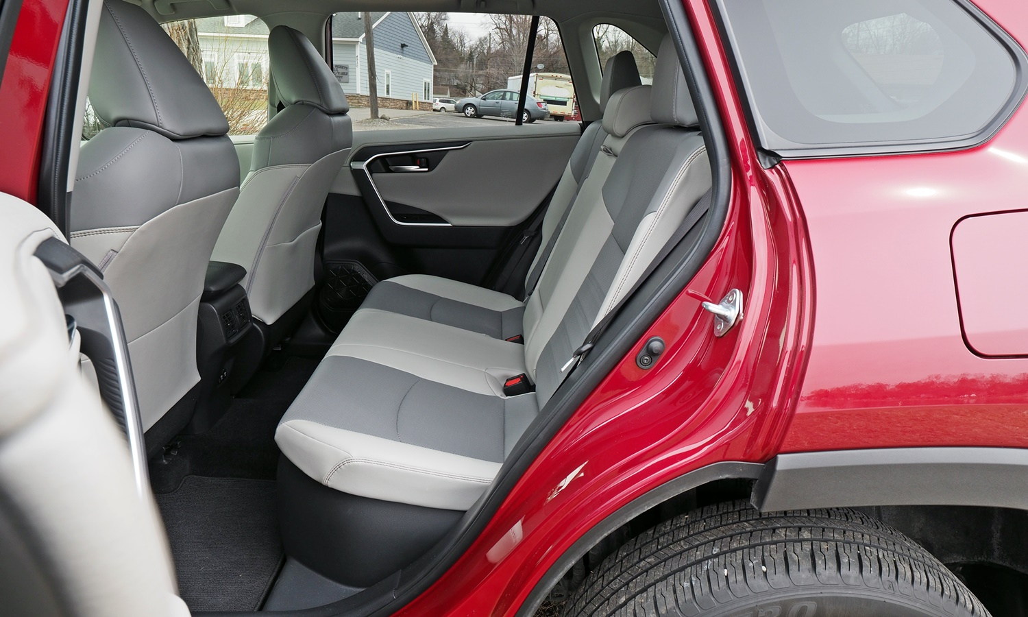 RAV4 Reviews: 2019 Toyota RAV4 rear seat