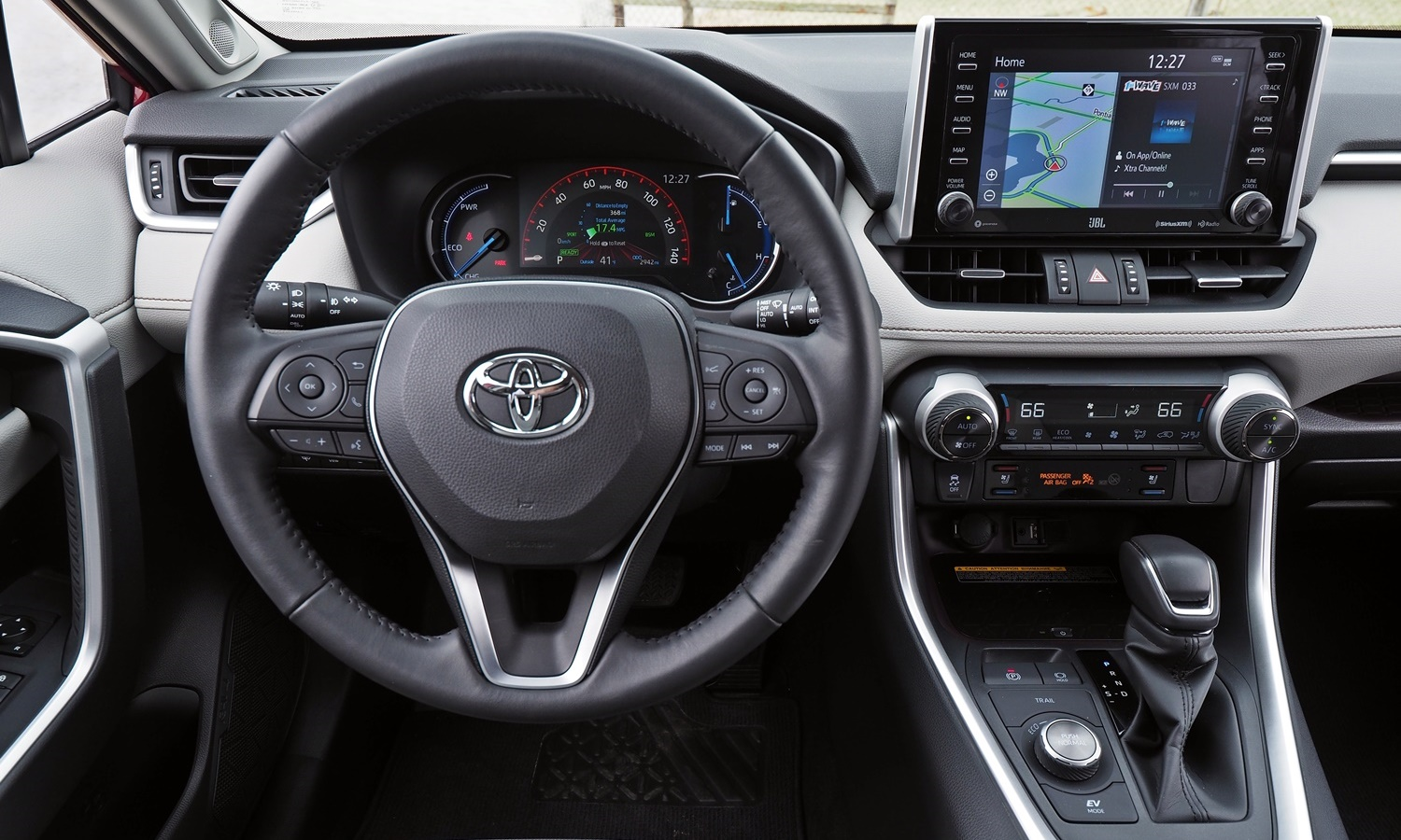 RAV4 Reviews: 2019 Toyota RAV4 instrument panel