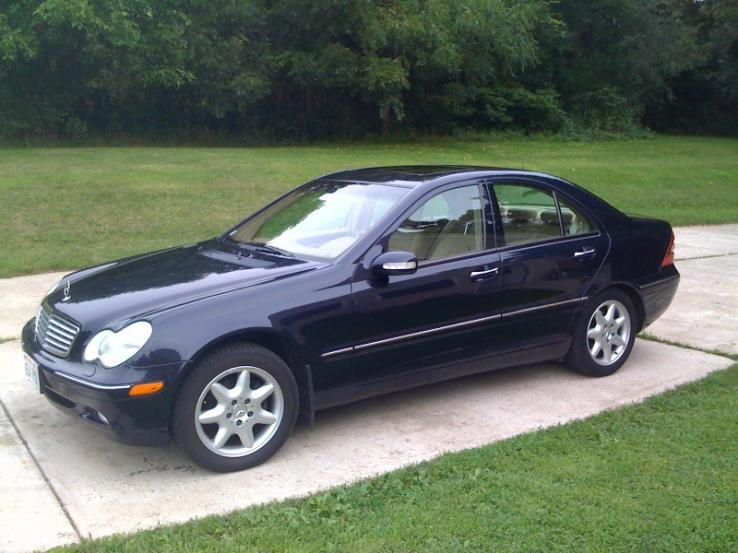 2002 mercedes benz c class photos car photos truedelta for Mercedes benz membership