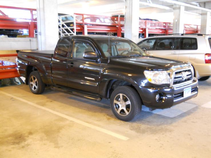 2009 toyota tacoma photos car photos truedelta. Black Bedroom Furniture Sets. Home Design Ideas