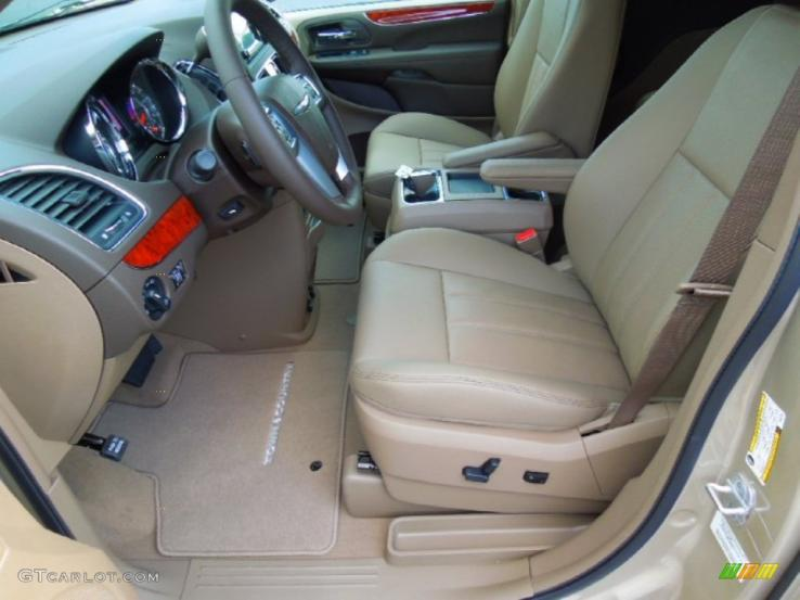 Chrysler town country photos car photos truedelta - 2001 chrysler town and country interior ...
