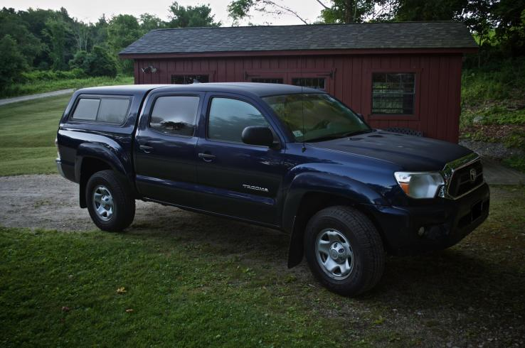 2012 toyota tacoma photos car photos truedelta. Black Bedroom Furniture Sets. Home Design Ideas