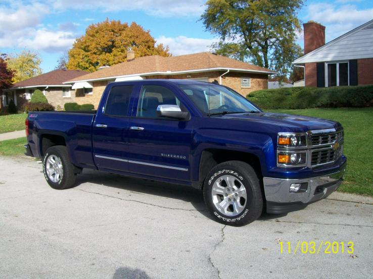 2014 chevrolet silverado 1500 photos car photos truedelta. Black Bedroom Furniture Sets. Home Design Ideas