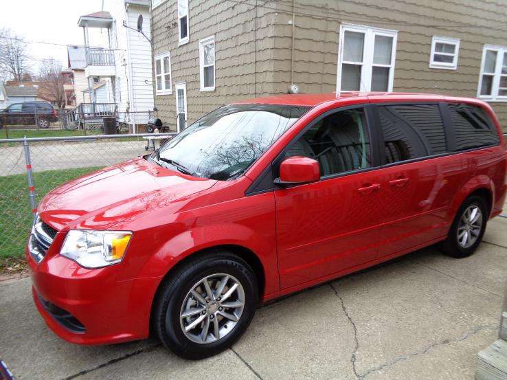 2016 dodge grand caravan photos car photos truedelta. Black Bedroom Furniture Sets. Home Design Ideas