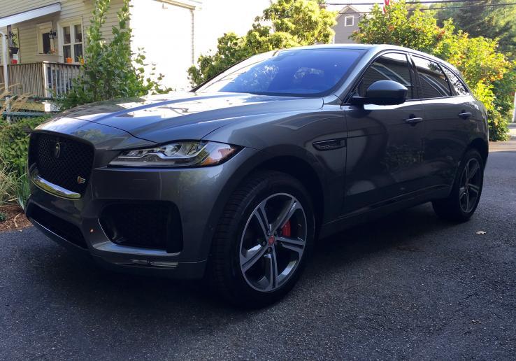 jaguar f pace photos car photos truedelta. Black Bedroom Furniture Sets. Home Design Ideas